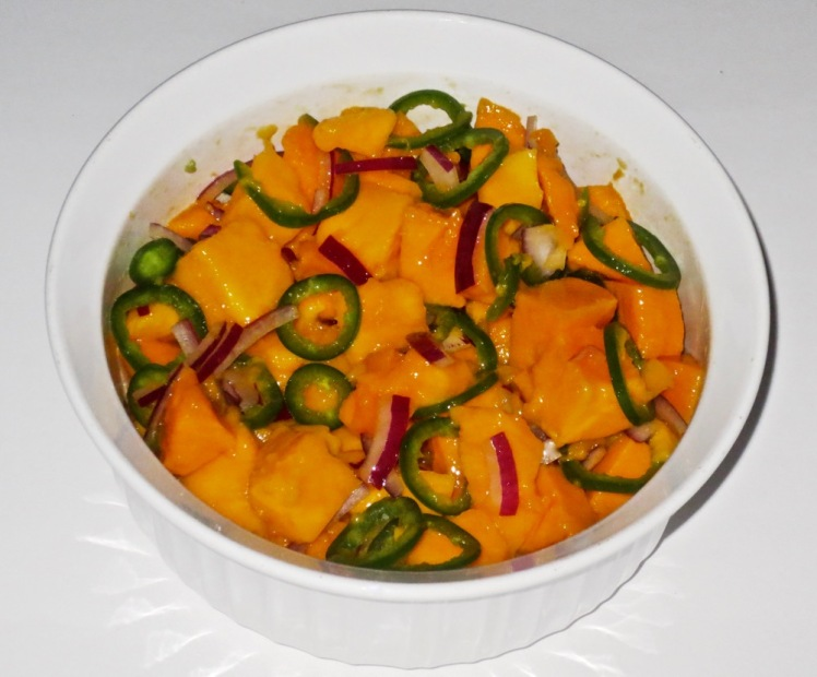 mango halloumi salad