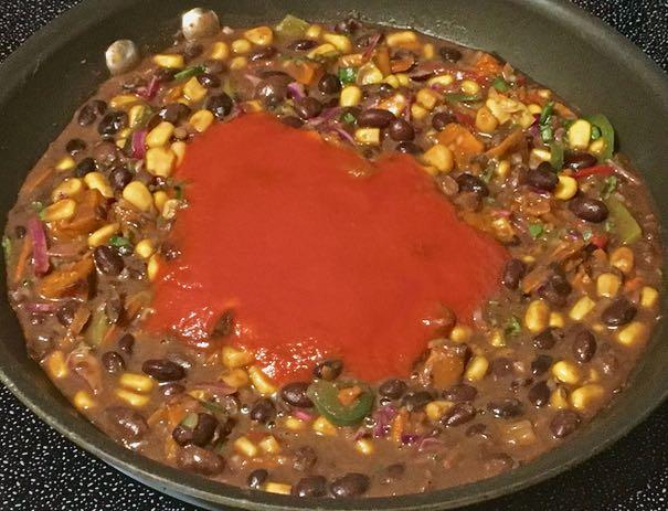 black bean nopalito salad