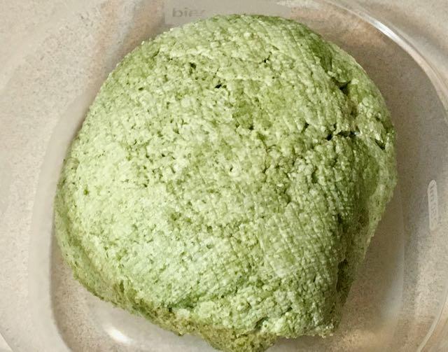 moringa paneer stuffed paratha (2).jpg