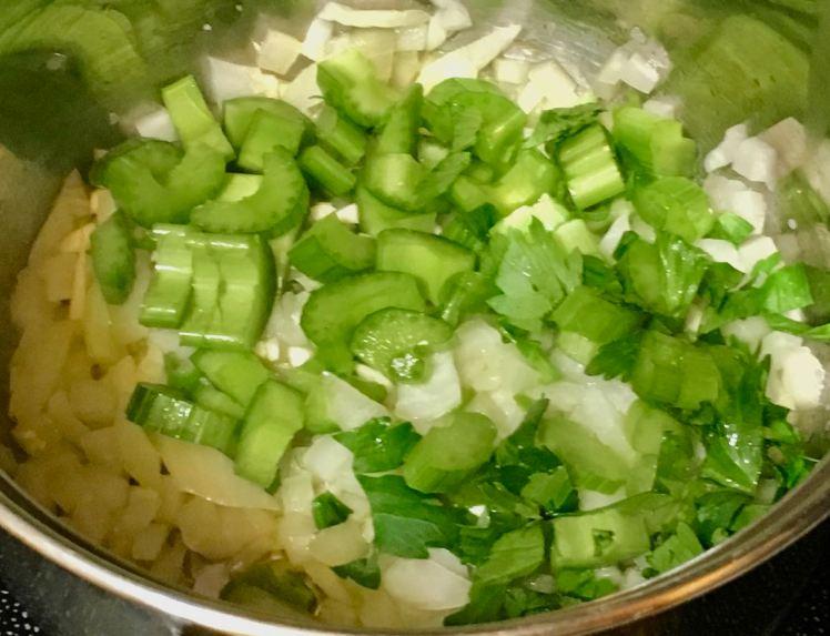 Brown rice macaroni & garden veggies