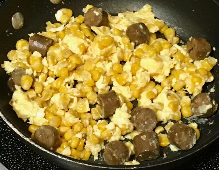 corn breakfast links & eggs