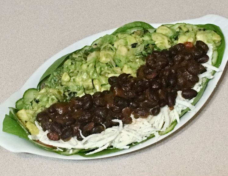 avocado & black beans salad