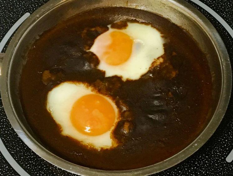 eggs & mole