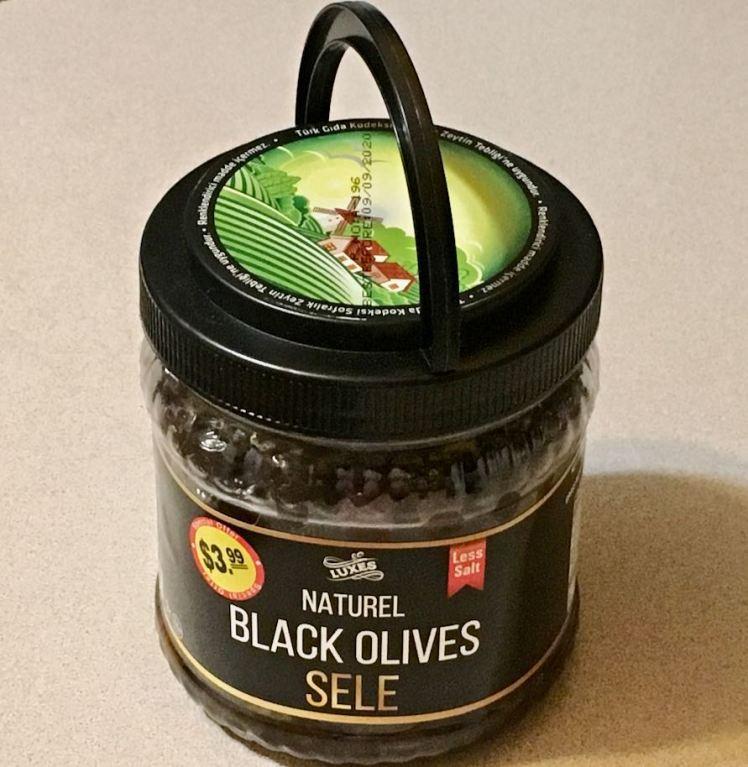oil and salt cured olives