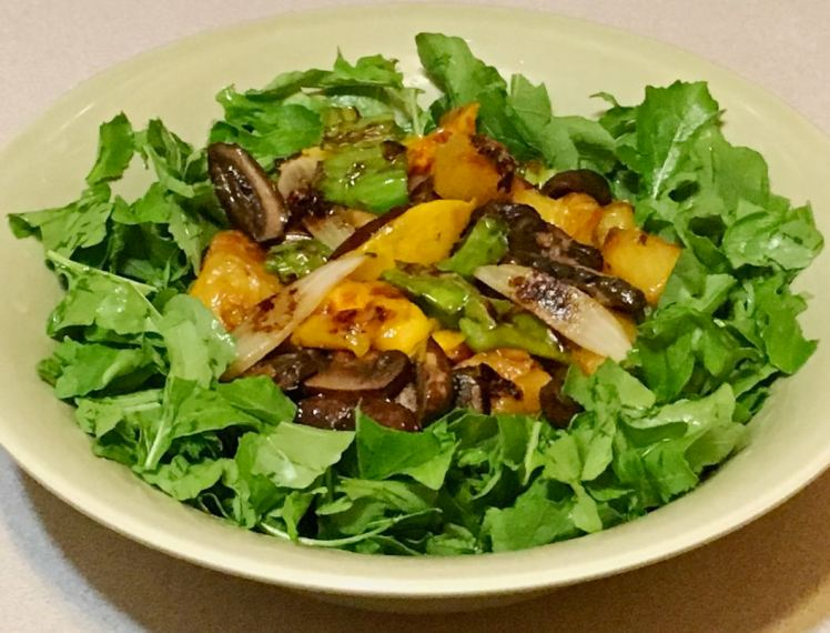pineapple mango arugula salad