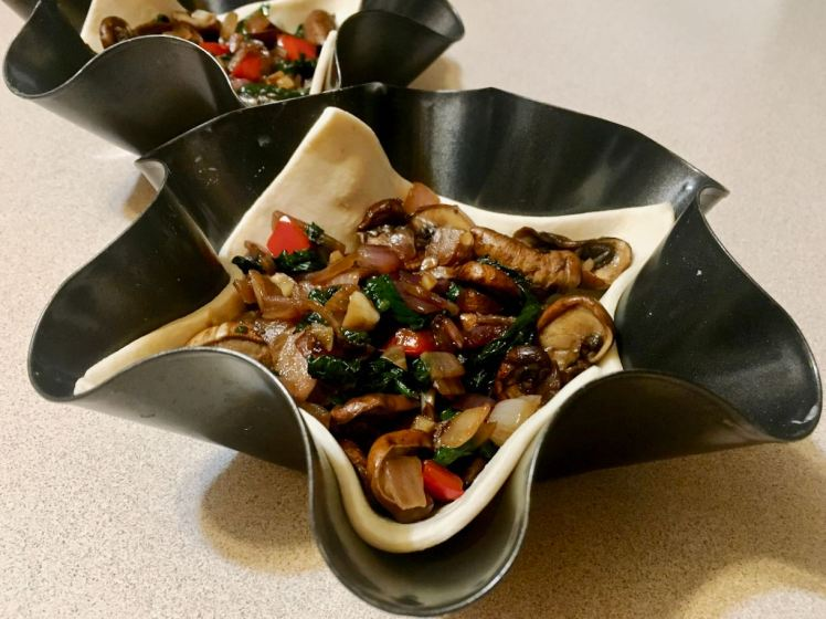 spinach and mushroom tart