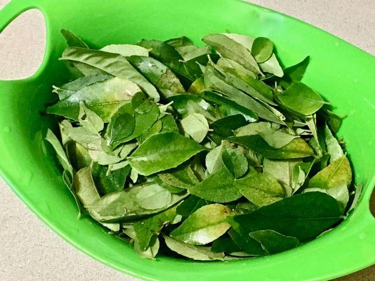 kari leaf paste